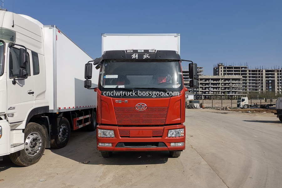 18 ton refrigerated truck 4