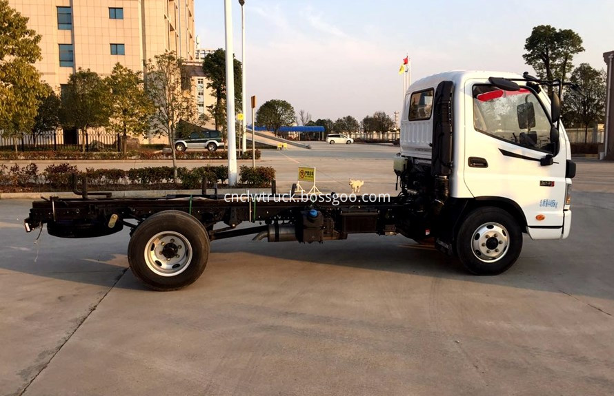 foton water truck  chassis 2