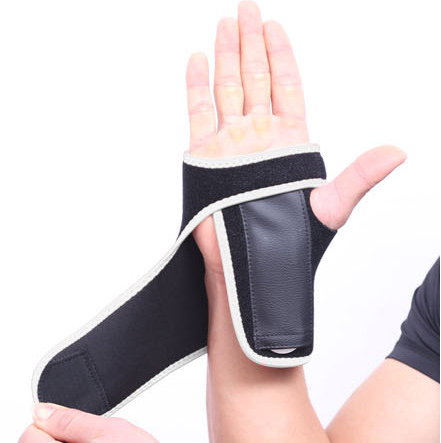 adjustable wrist wrap