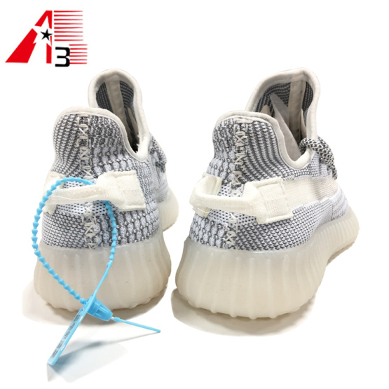 Fashionable Men's Yeezy Shoes