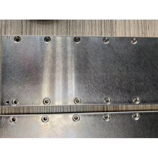 Large and Thick CNC Precision machining Metal Panel