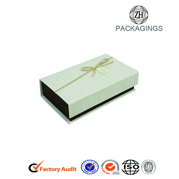 Luxury Apparel Packaging Solutions Paper Box