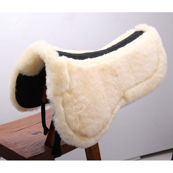 Horse equestrian sheepskin saddle pad with spine free