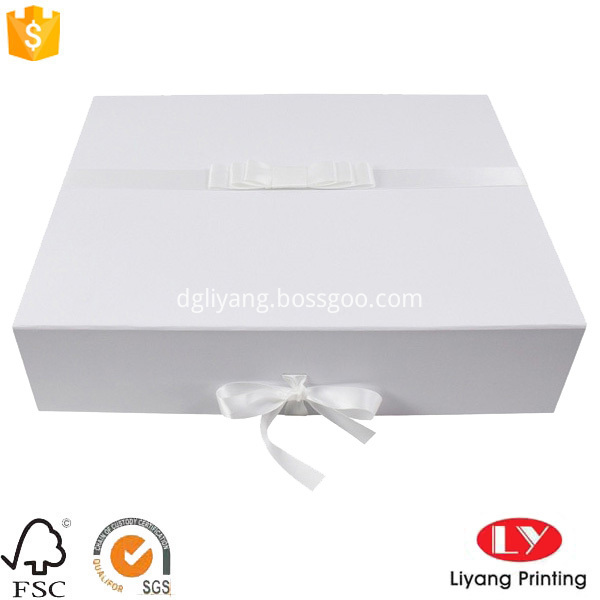 Custom made packaging box  LY2017032917-00