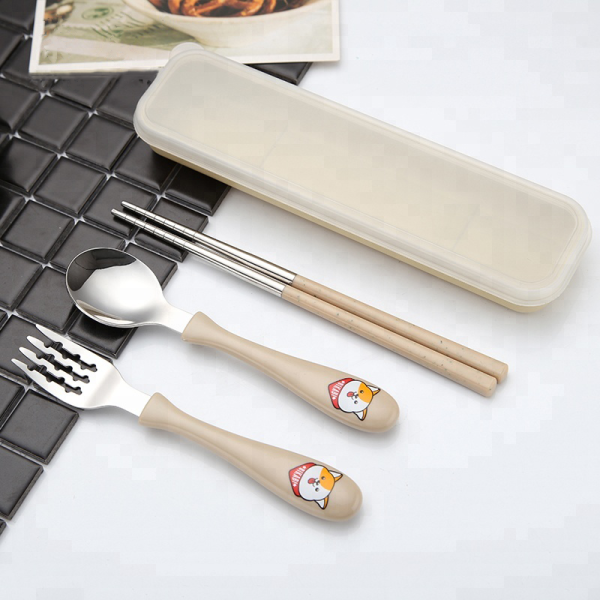 Multi-colored Stainless Cutlery with Animal Plastic Handle