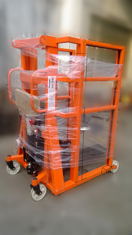 Straddle Hand Pallet Stacker