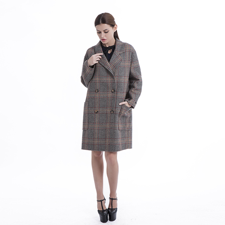 Cashmere Winter Coat with Fur Collar