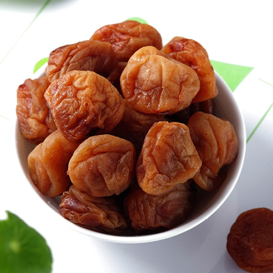 Delicious and tasteful Suzhou plum