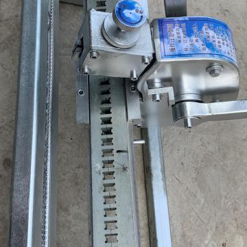 Manual Mechanical Strap-Clinching Machine