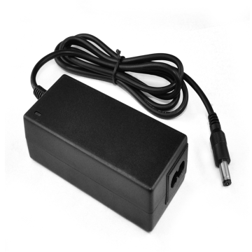 Qualified 36V1.95A Desktop Power Adapter