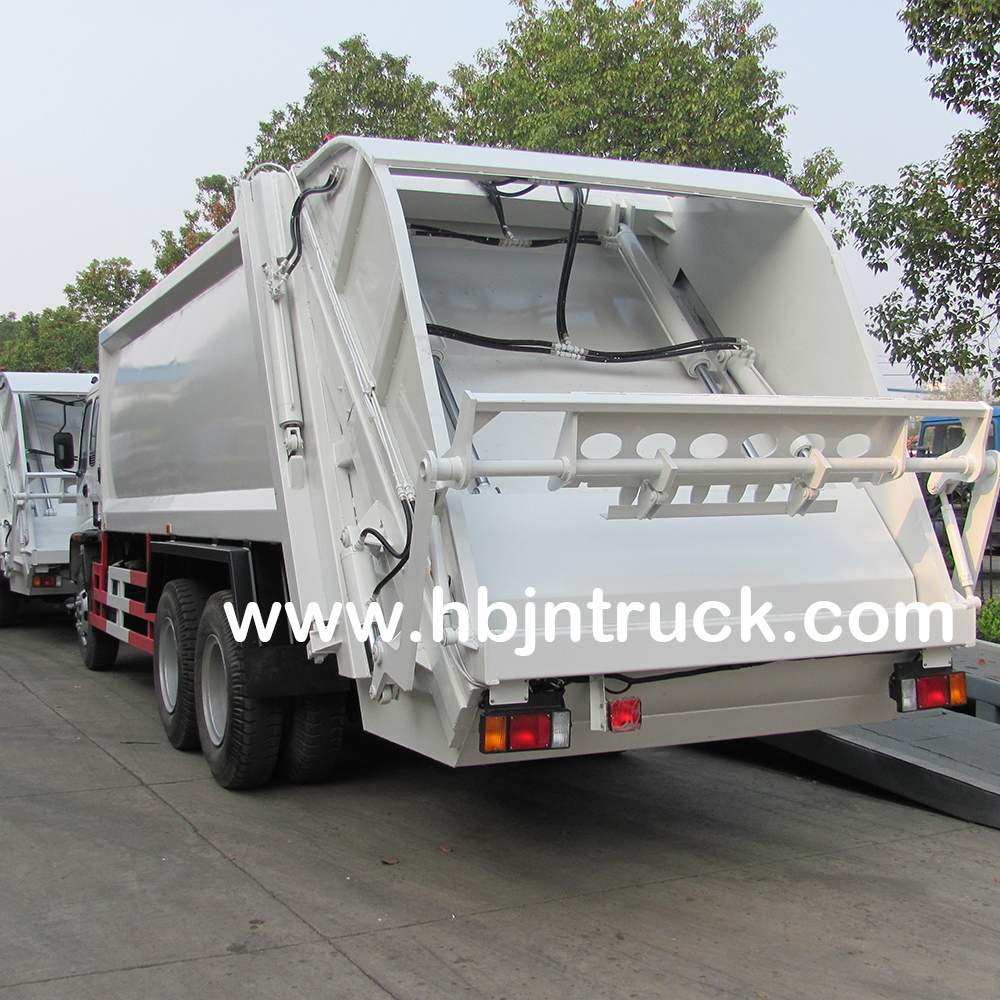 Isuzu Compressed Garbage Truck