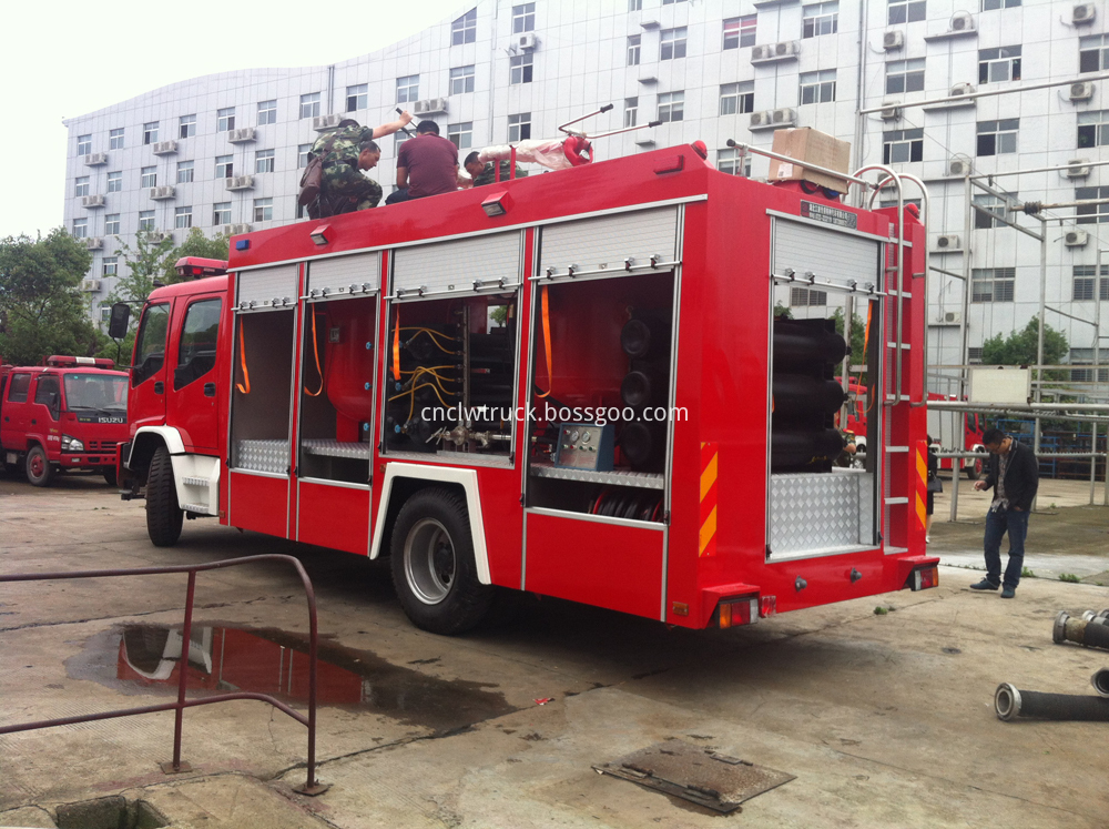 Powder fire truck 2