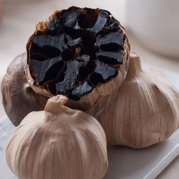 Black garlic approved by the customer
